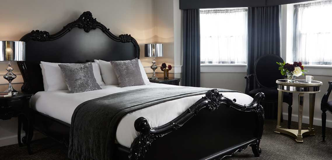 King Edward Junior Suite at The Westbridge Hotel London